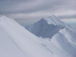 山頂から剣ヶ峰方面を望む